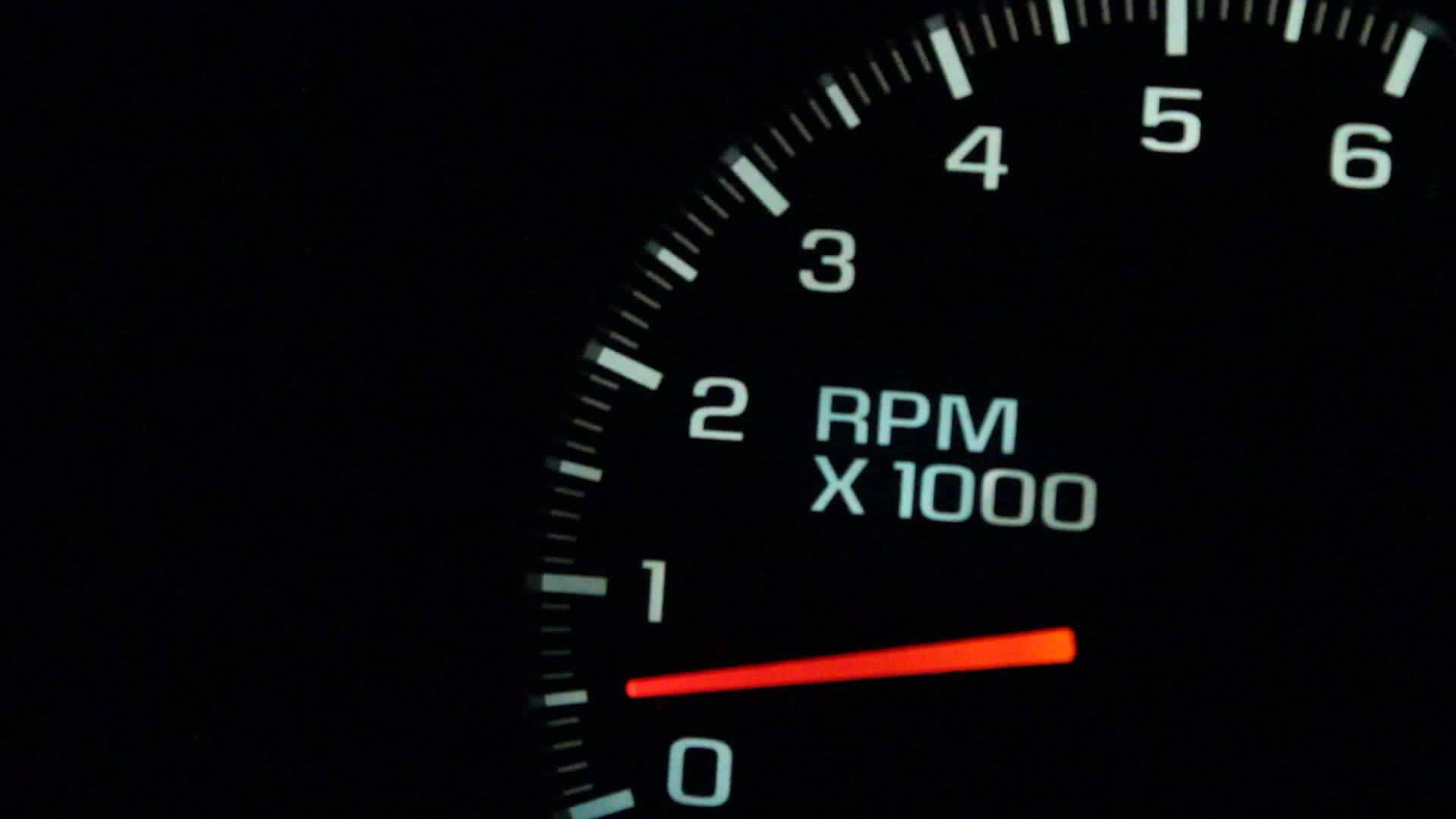 10 اسباب ستؤدي حتماً لخلل في عمل عداد ضغط المحرك