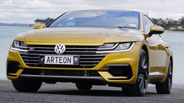 فولكس فاجن تواصل التفوق في فئة السيارات الضخمة بسياراتها الجديدة كلياً أرتيون