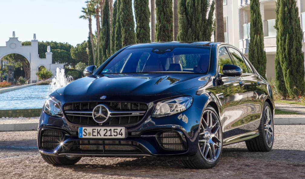 Catch the Mercedes-AMG E63 stand up to the C63 Coupe in style