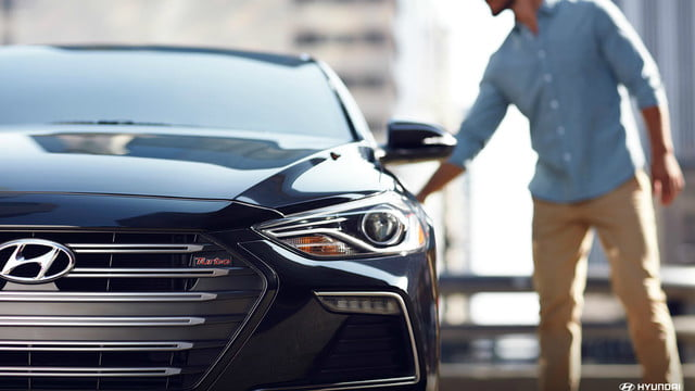 2018 Hyundai Elantra offers a range of appealing features at an affordable price