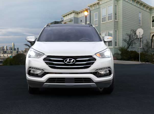 2018 Hyundai Santa Fe Sport The perfect compact SUV for small families