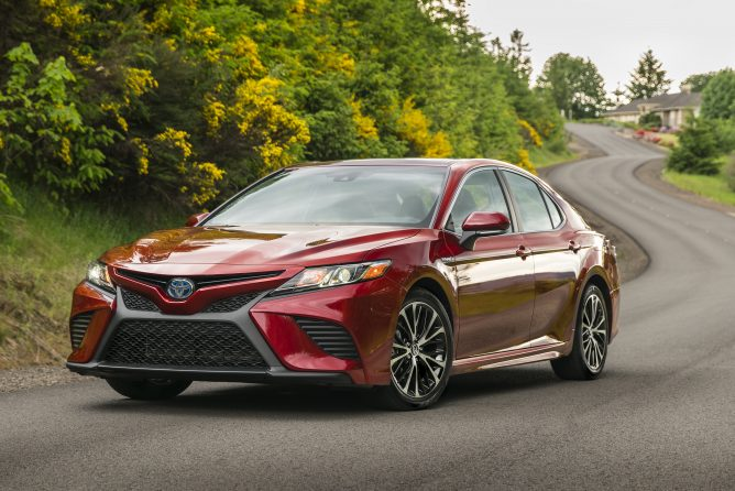 Pictures: 2018 Camry Hybrid