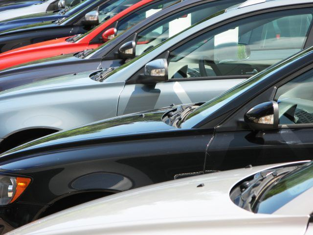 Buy a Used Car in Dubai: Top 3 Common Myths about Pre-Owned Cars