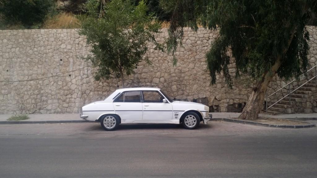 1976 بيجو 504
