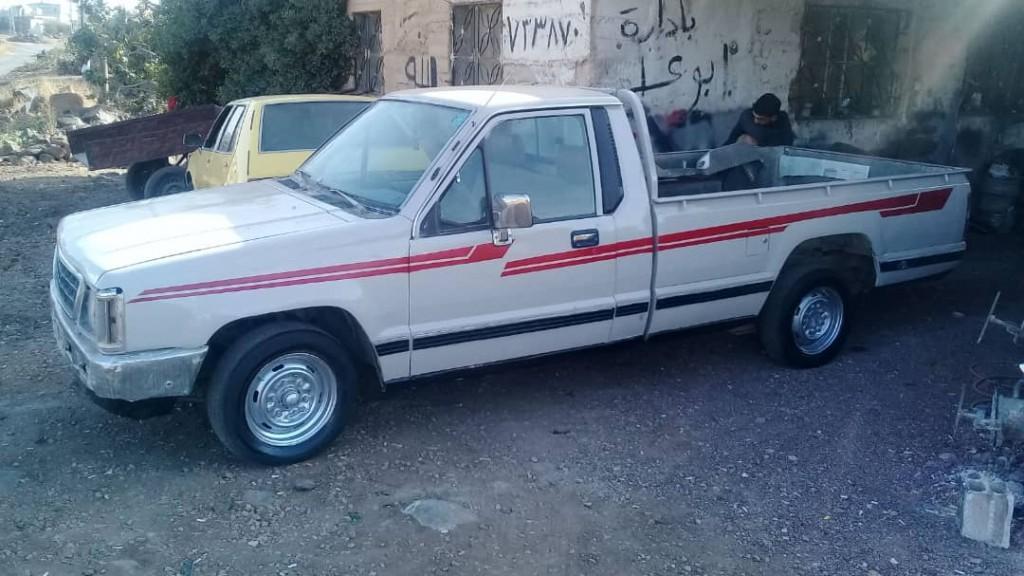1990 ميتسوبيشي  L200