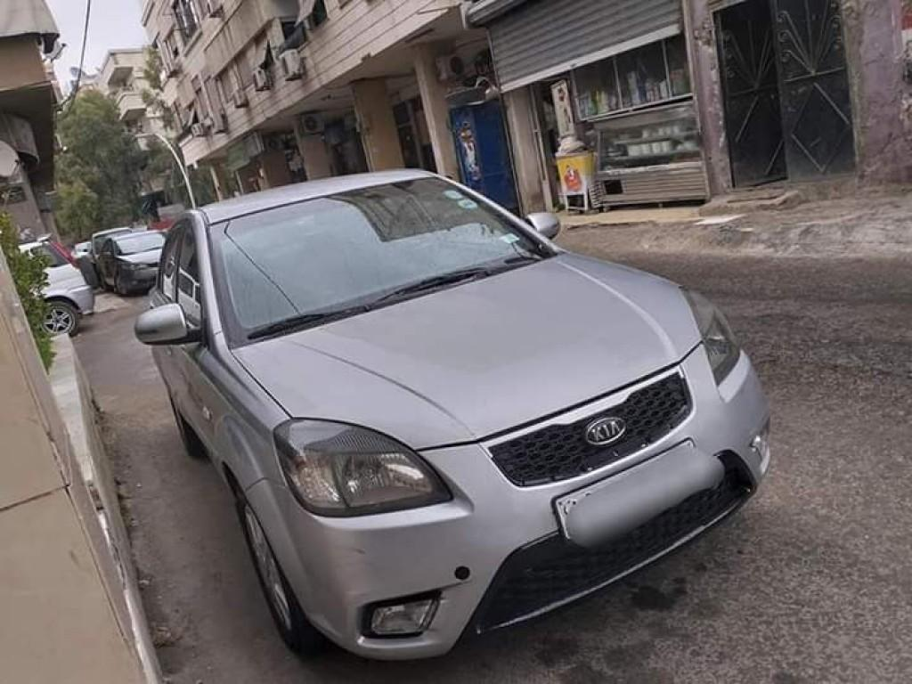 2010 كيا ريو
