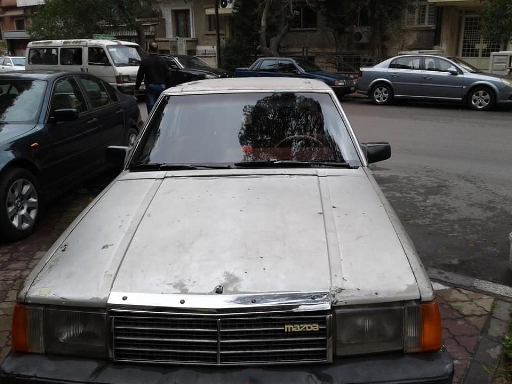 1983 مازدا  929