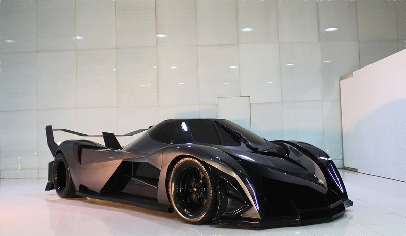 The 5000 hp Devel Sixteen to finally make its debut at the 2017n Dubai Motor Show