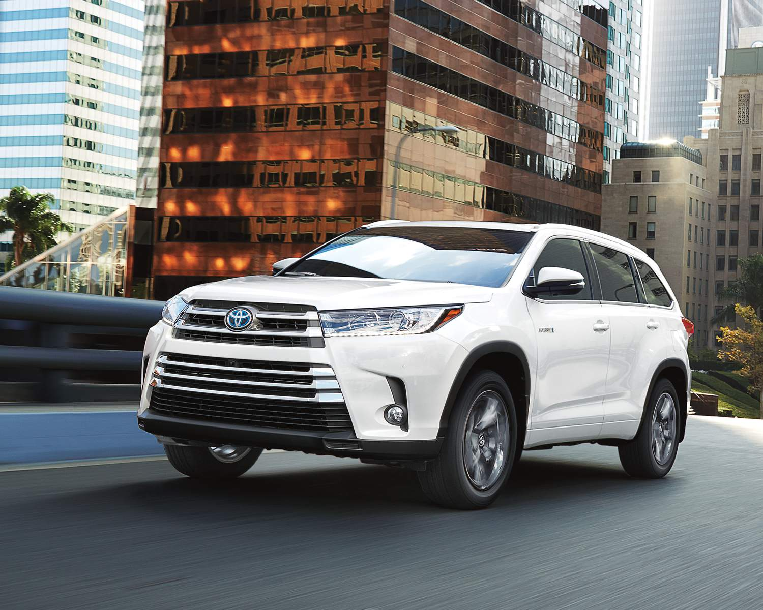 Why will the 2018 Toyota Highlander provide the best value for your money?